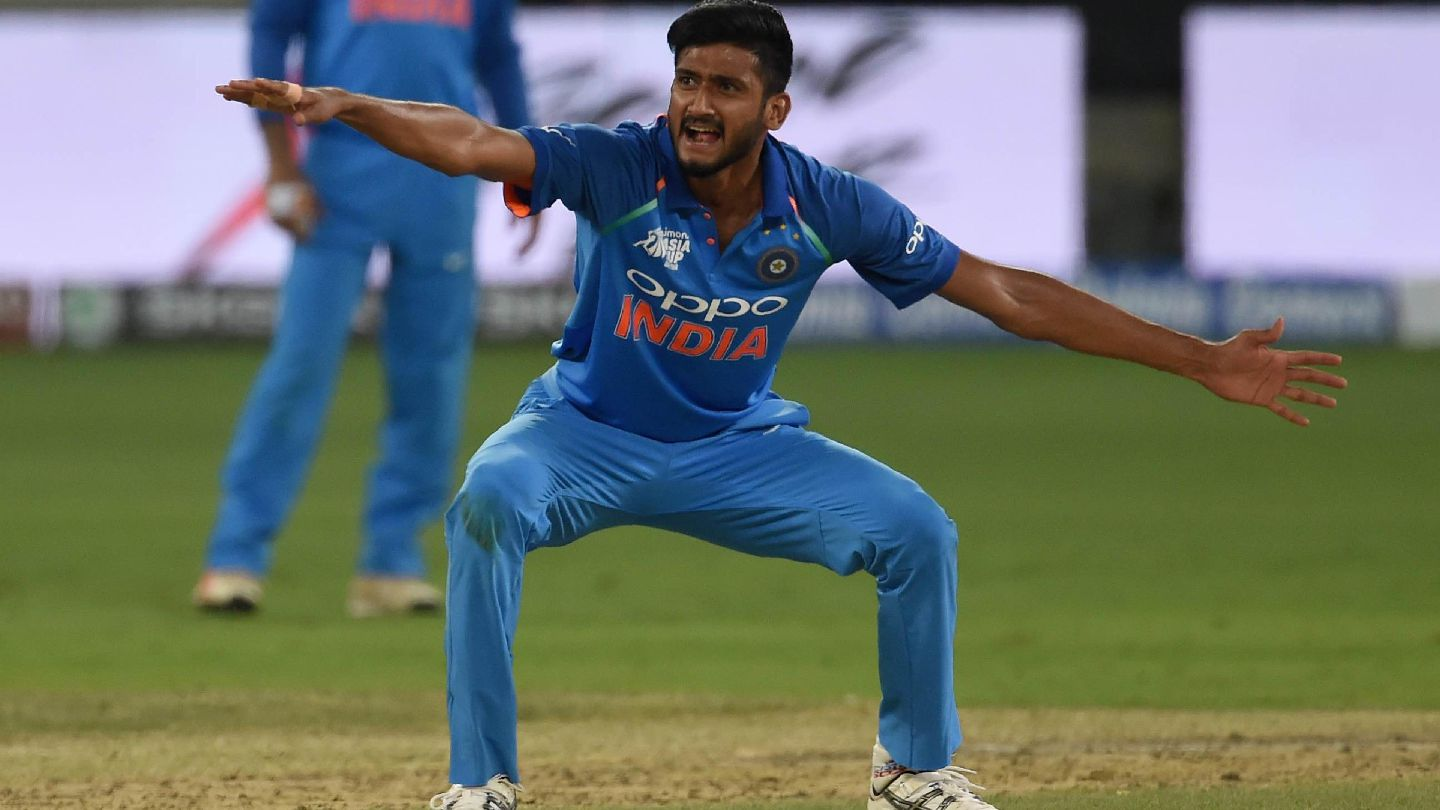 Lack of consistent opportunities have dented Khaleel Ahmed's confidence - Zaheer Khan