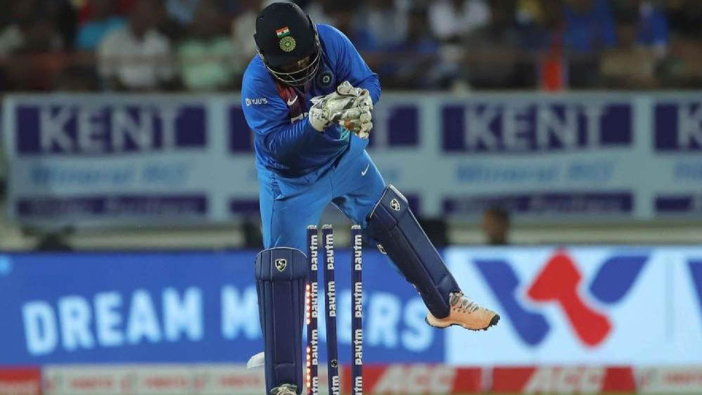 Cricbuzz Live panel discussess KL Rahul's chances of making it to